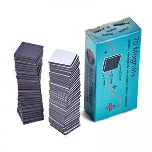 Aimants adhésifs - 70 carrés (2 x 2 cm x 2 mm) - pour accrocher des photos, des feuilles laminées, des cartons lourds en les attachant au dos - Double intensité du champ magnétique de la marque Magninte image 0 produit