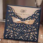 Dream Planner carré Bleu marine découpé au laser Invitation de mariage Cartes avec papier kraft d'invitation avec nœud en dentelle manches fiançailles Mariage Douche d'anniversaire Quinceanera, 50Pcs, Cw6179b bleu de la marque Dream Planner image 1 produit