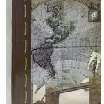 Lot de 3 Albums Photos à pochettes CHART 200 photos 10x15 cm par ALBUM, Couverture en papier imprimé sur le thème du globe - 2 vues par page, Dimensions : 17x22.5 cm - soit 600 photos à classer avec ce pack de la marque LCD image 1 produit