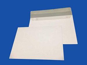 lot de 50 enveloppe courrier A5 - C5 papier velin blanc 90g format 162 x 229 mm une enveloppe blanche avec fermeture bande adhésive autocollante siliconnée de la marque UNIVERS GRAPHIQUE image 0 produit