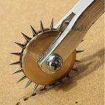 Malayas® Alène Cuir 4 mm Roulette à Patron Couture Roue de Traçage de Motif en Cuir/Papier/Tissu Leather Tool de la marque Générique image 2 produit