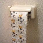 """PAPER + DESIGN rouleau de papier toilette """"Roi du foot"""" de la marque Paper+Design image 3 produit"""