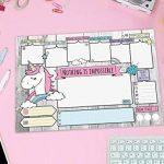 Sous-main A3, avec un papier à motif de licorne douce, 25 feuilles de papier à arracher (30 x 42 cm) pour les enfants et les adultes avec planificateur hebdomadaire, horaire quotidien, liste de tâches, des champs mémo, champs de loisirs de la marque JamOn image 1 produit