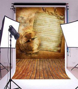 YongFoto 1,5x2,2m Vinyle Toile de Fond Horloge rayée en bois plat jaune lettre papier horloge temps consommer artistique Fond Décors Studio Photo Portrait Enfant Video Fete Mariage Photobooth Photographie Accesorios de la marque YongFoto image 0 produit